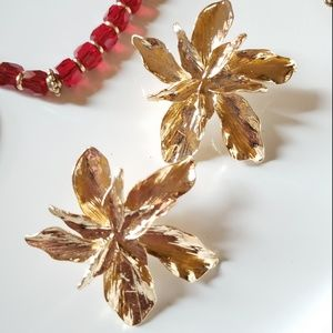 New! Zara Gold Flower Earrings